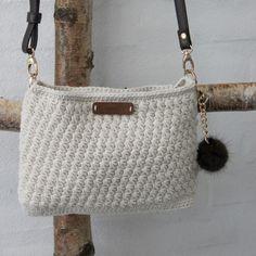 Discover thousands of images about Tas met sterrensteek - klein Patronen Go Handmade Crochet Beach Bags, Free Crochet Bag, Knit Crochet, Crochet Handbags, Crochet Purses, Crochet Designs, Crochet Patterns, Crochet Backpack Pattern, Best Leather Wallet