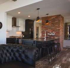 Van Arbor Homes: General Shale Thin Brick Veneer Thin Brick Veneer, Manufactured Stone Veneer, Interior And Exterior, Interior Design, Parade Of Homes, Home Builders, Custom Homes, Luxury Homes, Building A House