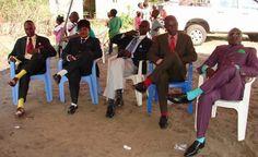 どんなに暑くてもスーツ : コンゴ人のファッションセンスが凄い!ファッション集団「サップ」(サプール) - NAVER まとめ