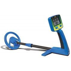 The Bounty Hunter Junior T. Metal Detector targets iron, rings, coins and other valuable metal items. Metal Detectors For Kids, Metal Detector Reviews, Buried Treasure, Grain Of Sand, Metal Detecting, Bounty Hunter, Outdoor Gear, Cleaning Wipes, Target