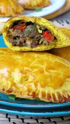 Jamaican Beef Patties _ These patties have flaky turmeric-colored & curry-flavored crust & deeply flavorful ground beef & vegetable filling Jamaican Meat Pies, Jamaican Beef Patties, Jamaican Patty, Jamaican Dishes, Jamaican Recipes, Beef Recipes, Cooking Recipes, Snack Recipes, Beef Meals