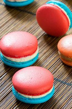 Macarons, Cake, Hamburger, Cookies, Desserts, Candy Bars, Vanilla Cream, Crack Crackers, Tailgate Desserts
