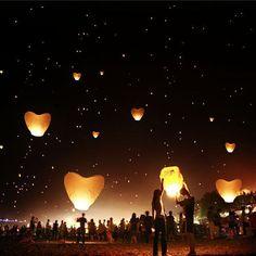 10 White Heart-Shaped Lanterns Chinese Lamp Sky Fly Candle Wishing Wedding Party