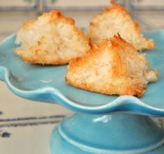Coconut Macaroons | Baking Bites