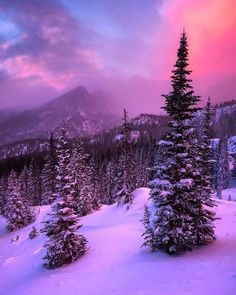 """""""One of the most dramatic sunrises we ever seen over Rocky Mountain National Park in Colorado. Erik Page (@erik.page) took this pic two weeks ago on a…"""":"""