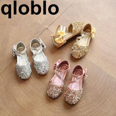 Qloblo 2018 Kids Girls Soft Shoes Children Princess Glitter Sandals Square Low-heeled Dress Party Shoes Pink Silver Gold. Yesterday's price: US $11.55 (9.43 EUR). Today's price: US $8.55 (7.00 EUR). Discount: 26%.