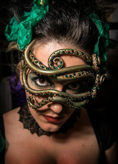 Octopus to wrap around top and wasit Maquillage Halloween, Halloween Face Makeup, Headdress, Headpiece, Larp, Mermaid Parade, Masquerade Party, Masquerade Masks, Masks Art