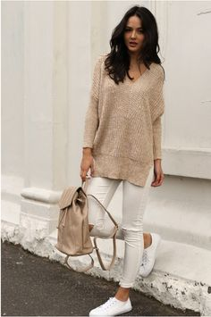 Camel knit v neckline long sleeve sweater Fall Outfits 2018, Fall Outfits For School, Camel Tops, Warm Sweaters, Indie Fashion, Black Skinnies, Pants Outfit, Sweater Weather, Long Sleeve Sweater