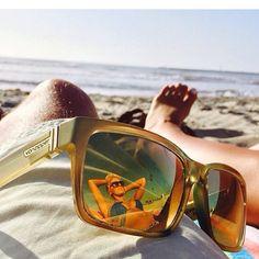 bc66fcdf5e2 Von Zipper weiß wie s geht! Wir wünschen euch an den Strand!  )