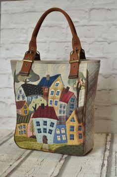 Best 12 artchala handmade: HandCarry Bag : Holiday Beach Hut – Page 199143614749798788 – SkillOfKing.Com - Tašky - Patchwork Patchwork Bags, Quilted Bag, Patchwork Quilting, Bag Quilt, House Quilts, Craft Bags, Denim Bag, Purse Patterns, Fabric Bags