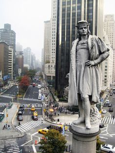 Christopher Columbus- Columbus Circle NYC..yes he stands guard and faces Europe..looking for more sails