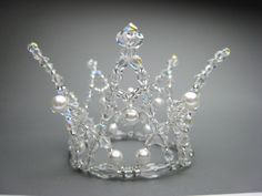 This fantastic tiara can be used for the role of the white swan in Swan lake, but also for the Snow Queen in Nutcracker, Snow Maiden and many other classical roles. Entirely hand made on a silver fram Galerie Vivienne, Wire Crown, Swan Lake Ballet, Ballet Bag, Winter Fairy, Fantasy Hair, Fantasy Makeup, Ballet Costumes, Fairy Costumes
