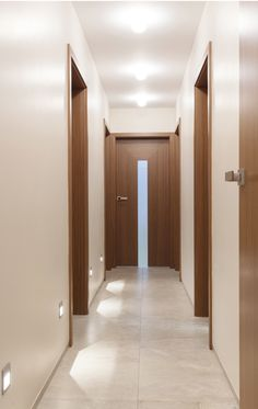 Interior Door Styles, Home Room Design, House Design, Door Design Interior, Tiny House Interior, Home Door Design, Doors Interior, Small House Design, Corridor Design