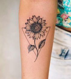 Chic Sunflower Tattoos Ideas That Will Inspire You To Be Colorized To . - Chic Sunflower Tattoos Ideas That Will Inspire You To Be Inked – Stylish Chic Sunflower T - Girls With Sleeve Tattoos, Small Girl Tattoos, Tattoo Girls, Trendy Tattoos, New Tattoos, Body Art Tattoos, Tatoos, Flower Sleeve Tattoos, Unique Tattoos For Women