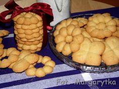 Kulinarne Szaleństwa Margarytki: Ciasteczka z maszynki (wyciskane)