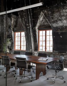 JHL Design has turned a vacant penthouse in Portland into a tech firm's office space