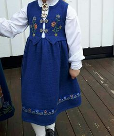 Norway, Sewing Crafts, Apron, Fashion, Moda, Fashion Styles, Fasion, Aprons