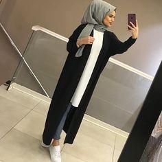 Modest Fashion Hijab, Modern Hijab Fashion, Hijab Chic, Abaya Fashion, Muslim Fashion, Fashion Outfits, Hijab Evening Dress, Hijab Dress, Hijab Outfit