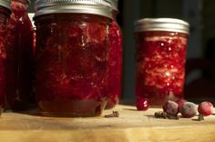 Make Your Own Organic Cranberry Sauce {Enough for both Canadian Thanksgiving and Christmas} Best Thanksgiving Recipes, Canadian Thanksgiving, Thanksgiving Feast, Fall Recipes, Good Food, Yummy Food, Awesome Food, Canned Food Storage, Organic Living