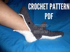 free crochet pattern converse adult slippers | Crochet PATTERN for Shark Slipper Socks (Adult, Child, and Infants ...