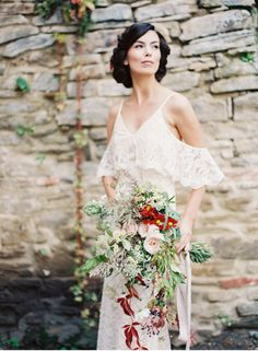 ARTISAN AND CHARMING STYLE • Haus am Eck in Mesendorf Romania • by Wedding Photographer Madalina Sheldon • rustic, raw, shabby, brocante, artisan, outdoor wedding, lace gown, natural bride, wild flower bridal bouquet