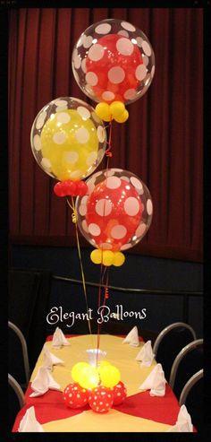 Globos de punticos para centros de mesa - www.elegant-balloons.com