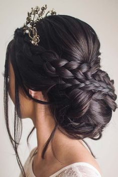 40 Trendy Braided Hair Updos Ideas To Be Elegant All The Time Sweet 16 Hairstyles, Quince Hairstyles, Braided Hairstyles Updo, Crown Hairstyles, Elegant Hairstyles, Bride Hairstyles, Short Hairstyles, Bridal Hair Updo, Bridal Hair And Makeup