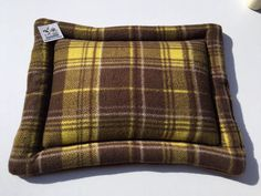 Brown Plaid Cat Bed, Dog Crate Pad, Cat Pad, Pet Chair Cushion, Table Top Pad, Small Crate Mat, Kennel Pad, Puppy Pad, Cat Cushion, Dog Item #CatCushion #BrownPlaidCatBed #CatPad #KennelCover #PetChairCushion #SmallCrateMat #LapPad #DogCratePad #TableTopPad #KennelPad