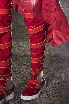 Cristiano Burani Fall 2018 Fashion Show Details - The Impression