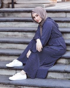 Image may contain: 1 person, sitting, shoes and child Modest Fashion Hijab, Hijab Chic, Muslim Fashion, Women's Fashion Dresses, Muslim Girls, Muslim Women, Turkish Hijab Style, Modele Hijab, Hijab Fashionista
