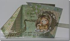 Triangle trifold card, Carimbo Magnolia Invitation Tilda colorido com Copic Markers e Carimbo {with love} do kit  Handmade Letter Seals.