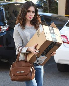 37 Likes, 3 Comments - Lily Collins Lily Collins Hair, Lily Collins Style, Lynn Collins, Hair Color 2017, World Most Beautiful Woman, Beautiful Women, Clary Fray, American Actress, Selena Gomez