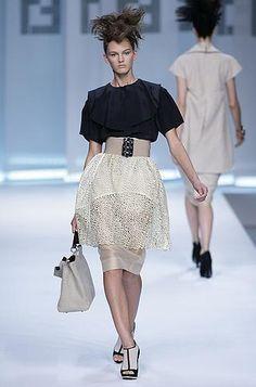 Défilé Fendi Printemps-été 2009 Prêt-à-porter - Madame Figaro