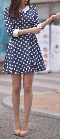 My personal style is always torn between looking polished in classics and looking messy-casual in street style trends, lol. polka dot dress with nude heels Pretty Outfits, Pretty Dresses, Beautiful Dresses, Cute Outfits, Dress Outfits, Vintage Dresses, Vintage Outfits, Vintage Fashion, Vintage Style