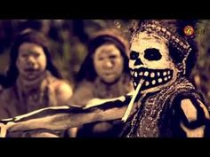 14 Horrible Facts About The Modern Day 'Witch-Killings' In Papua New Guinea Voodoo Priest, Painting Tattoo, Body Painting, Modern Day Witch, Baron Samedi, Witch History, 3d Chalk Art, Bad Photos, Boris Vallejo
