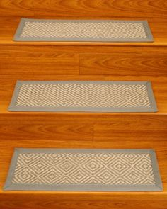 Best Vista Scroll Stair Treads Set Of 4 Nonslip Backing Keeps These Vista Scroll Stair Treads In 400 x 300