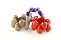 Soft-shaped design from Tagua-seeds in all the colours of the rainbow and more!
