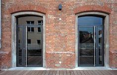 Izolační systémy Jansen Janisol - bezpečná dveře a okna velkých ploch.