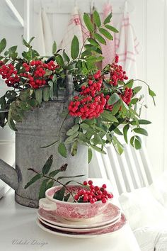 -VIBEKE DESIGN: red berries & red transfer ware, metal watering can Country Christmas, Christmas Time, Christmas Crafts, Christmas Decorations, Xmas, Holiday Decor, Christmas Berries, Bouquet Champetre, Raindrops And Roses