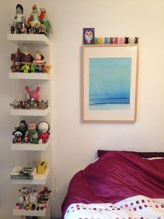 Displaying vinyl toys using IKEA shelving