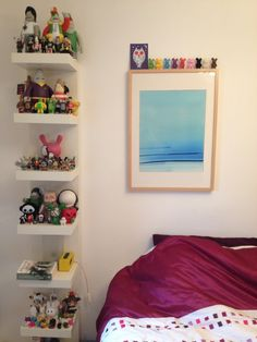 Displaying vinyl toys using IKEA shelving
