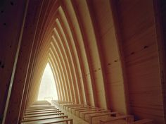Arc shape Chapel in Finland , The impressive arc shape St Henry's Ecumenical Art Chapel in Finland, made from copper outside and wood inside, by Sanaksenaho Architects. Church Architecture, Architecture Details, Copper Pyramid, Decor Home Living Room, Room Decor, Modern Church, Beautiful Buildings, Kirchen, Location