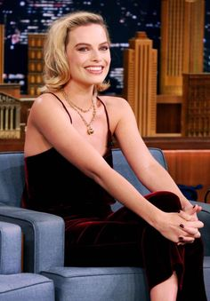 Margot Robbie on 'The Tonight Show Starring Jimmy Fallon' (October 11th, 2017)