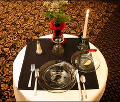 pow/mia ceremony table & The POW/MIA Table: A Place Setting for One A Table for All | Navy ...