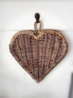 New Heart, Happy Heart, Heart Art, Love Heart, Paper Weaving, Weaving Art, Willow Weaving, Basket Weaving, Rattan