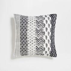 Εικόνα του προϊόντος Λινό κάλυμμα μαξιλαριού με σχέδιο σε στυλ πάτσγουορκ