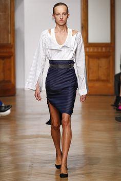 http://www.vogue.com/fashion-shows/spring-2017-ready-to-wear/aquilano-rimondi/slideshow/collection