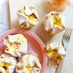 Mini Lemon and Cheese Pies