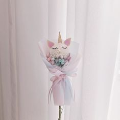 Bouquet Wrap, Dried Flower Bouquet, Hand Bouquet, Dried Flowers, Cute Gifts For Friends, Diy Wedding Backdrop, How To Wrap Flowers, Flower Aesthetic, Balloon Bouquet