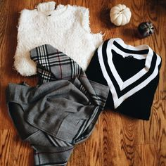 That lovely ootd. Fall ootd, sweater, knit sweater, fall fashion.